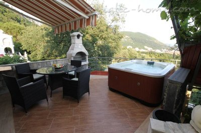 Appartementen VILLA MENDULE APPARTMENT 1 , Budva, Montenegro - foto 3