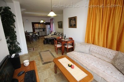 Апартаменты VILLA MENDULE  APPARTMENT 2, Budva, Черногория - фото 8