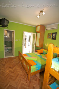 Studio apartment MM - 8 persons, Sveti Stefan, Montenegro - photo 4