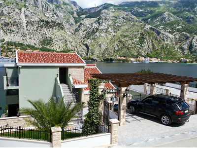 Apartments DekaderonLux, Kotor, Montenegro - photo 1