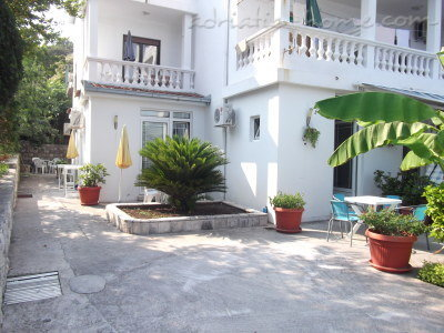 Studio apartment Milica Dabovic, Herceg Novi, Montenegro - photo 4