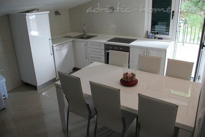 Appartamenti Makarska vacation home, Makarska, Croazia - foto 1