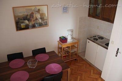 Appartamenti Makarska III vacation home, Makarska, Croazia - foto 2