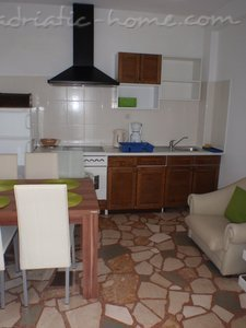 Appartamenti Makarska IV vacation home, Makarska, Croazia - foto 4