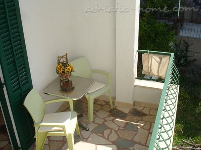Appartamenti Makarska IV vacation home, Makarska, Croazia - foto 1