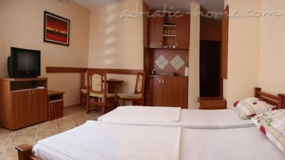Studio apartment Adzic V, Budva, Montenegro - photo 2