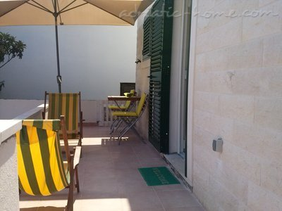 Studio apartment BEPPO, Brač, Croatia - photo 9