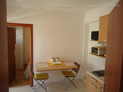 Studio apartment BEPPO, Brač, Croatia - photo 5