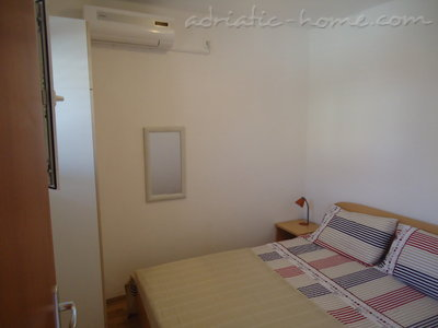 Studio apartment BEPPO, Brač, Croatia - photo 7