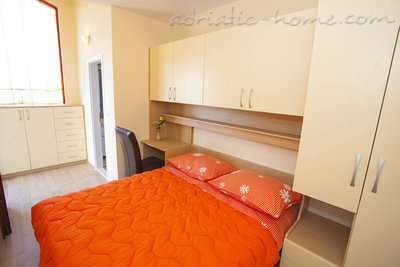 Apartments Centar 1, Makarska, Croatia - photo 10