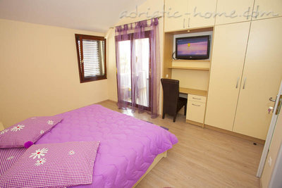 Studio apartment Centar 3, Makarska, Croatia - photo 1