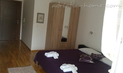 Apartments Dubravka, Budva, Montenegro - photo 2