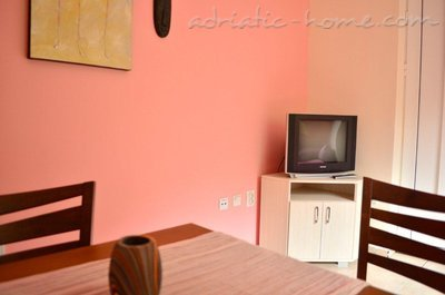 Studio apartment Family sun IV, Herceg Novi, Montenegro - photo 6