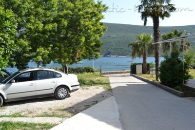 Studio apartment Vojvodic Star, Herceg Novi, Montenegro - photo 11