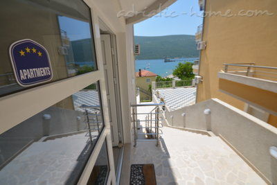 Studio apartment Vojvodic Star, Herceg Novi, Montenegro - photo 3