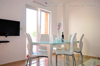 Apartments Ivas, Vodice, Croatia - photo 5