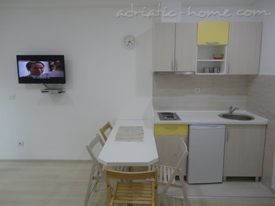Apartments Bellevue - Otašević VI, Herceg Novi, Montenegro - photo 4
