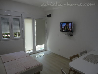 Apartments Bellevue - Otašević VI, Herceg Novi, Montenegro - photo 6