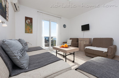 Apartments Nicholas, Herceg Novi, Montenegro - photo 1