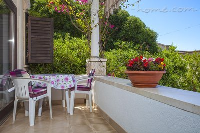 Studio apartment Centar 5, Makarska, Croatia - photo 1