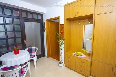Studio apartment Centar 5, Makarska, Croatia - photo 3
