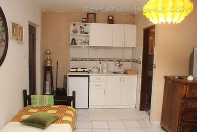 Studio apartment KOLAREVIĆ IV, Tivat, Montenegro - photo 3