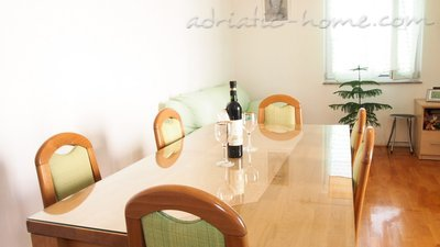 Apartments Drago 6+2, Makarska, Croatia - photo 2