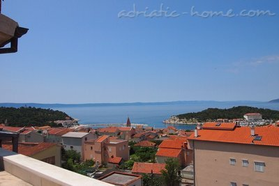 Apartments Stipe 3+2, Makarska, Croatia - photo 1