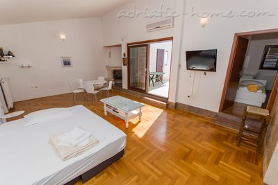 Apartments MASTIP 3+2, Makarska, Croatia - photo 5