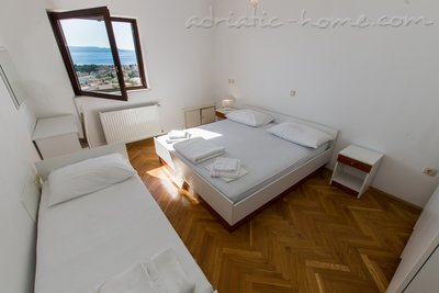 Apartments MASTIP 3+2, Makarska, Croatia - photo 9