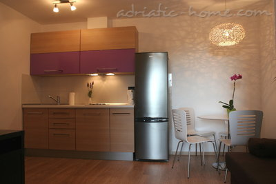 Apartments VILLA L&L V, Makarska, Croatia - photo 2