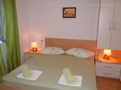 Apartments Tri sestrice - Green Down, Hvar, Croatia - photo 7