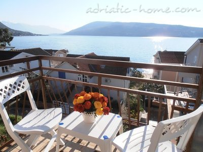 Apartments Savina, Herceg Novi, Montenegro - photo 1
