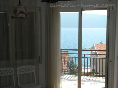 Apartments Savina, Herceg Novi, Montenegro - photo 11