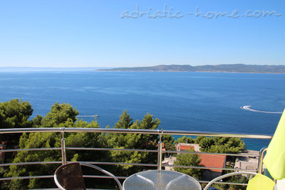 Apartments Villa Issea, Brela, Croatia - photo 1