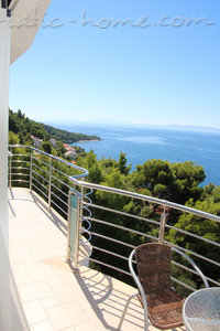 Apartments Villa Issea, Brela, Croatia - photo 11