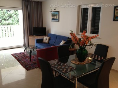 Apartments Villa Lara - BIG BLUE, Budva, Montenegro - photo 3