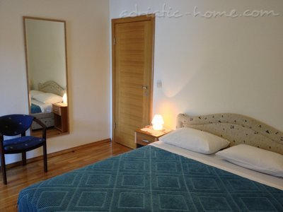 Studio apartment Villa Lara – STUDIO RED, Budva, Montenegro - photo 6