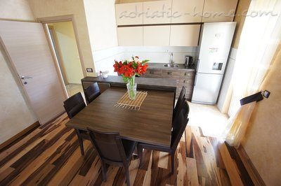 Apartamente Novak apartment with garden, Budva, Mali i Zi - foto 6