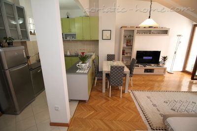 Apartments Marica , Budva, Montenegro - photo 9