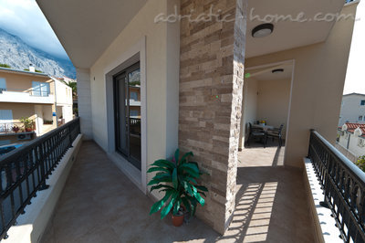 Studio apartment Villa Medora, 2+1 persons, Baška Voda, Croatia - photo 11
