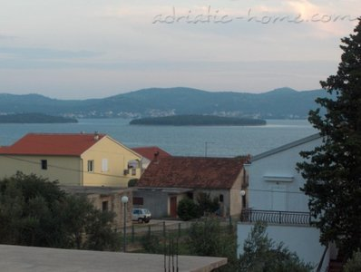 Apartments MARKIĆ, Sv. Filip i Jakov, Croatia - photo 9