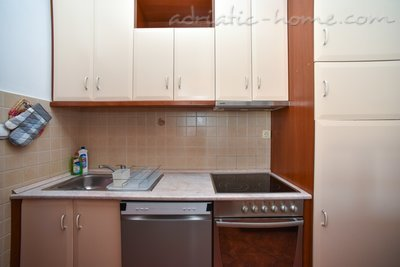 Apartments Dobrljanin****, Budva, Montenegro - photo 12