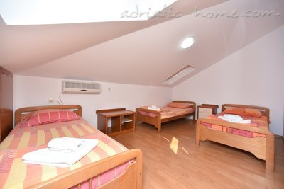 Apartments Dobrljanin****, Budva, Montenegro - photo 14