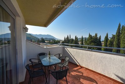 Apartments Dobrljanin****, Budva, Montenegro - photo 15