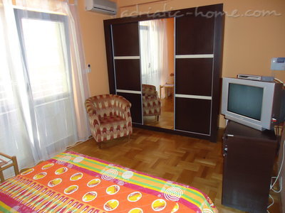 Rooms Dobrljanin2****, Budva, Montenegro - photo 2