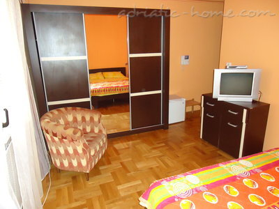 Rooms Dobrljanin2****, Budva, Montenegro - photo 3