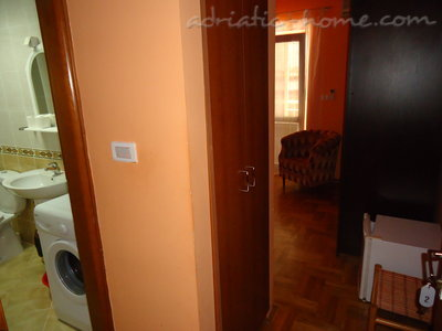 Rooms Dobrljanin2****, Budva, Montenegro - photo 4