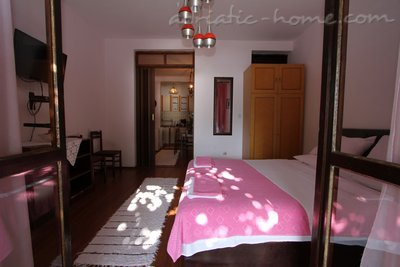 Studio apartment JovankaAc1, Herceg Novi, Montenegro - photo 8
