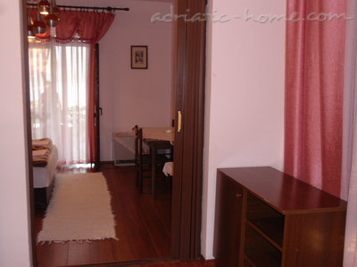 Studio apartment JovankaAc1, Herceg Novi, Montenegro - photo 5
